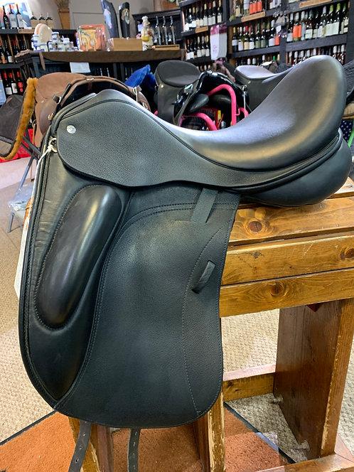 Custom Saddlery Dressage Saddle