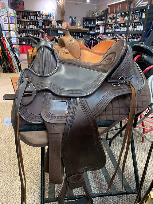 Edix Equis Treeless Saddle