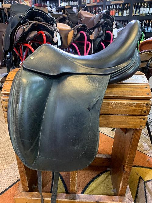 L'Apogee dressage saddle