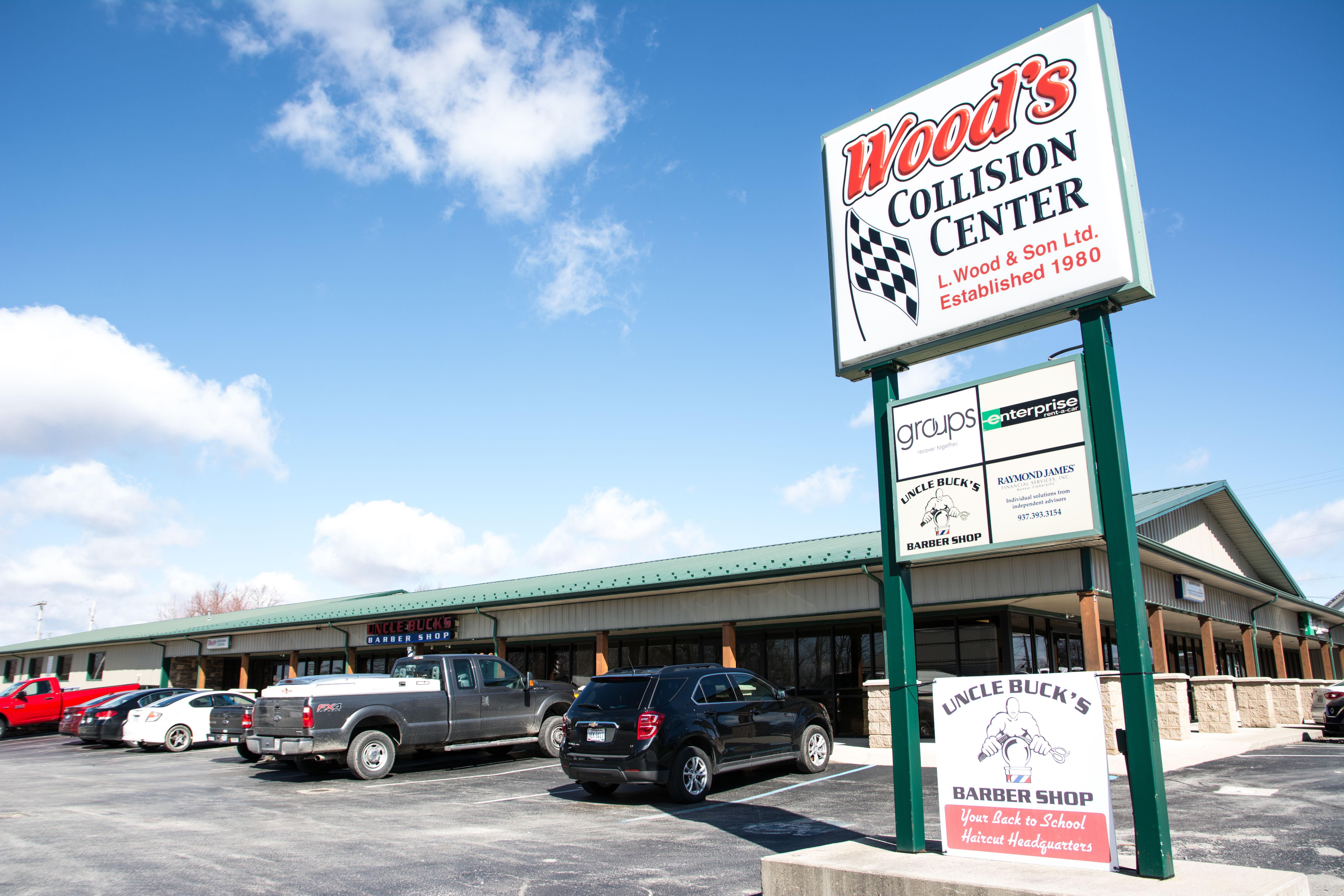 Woods Collision Center Hillsboro