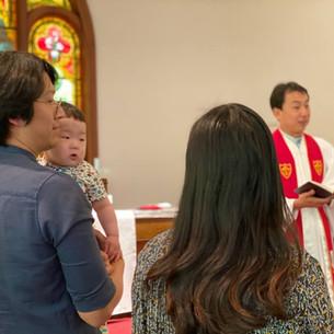 엄마 (김다영) 와 아들(정연준) 함께 세례 받은 날