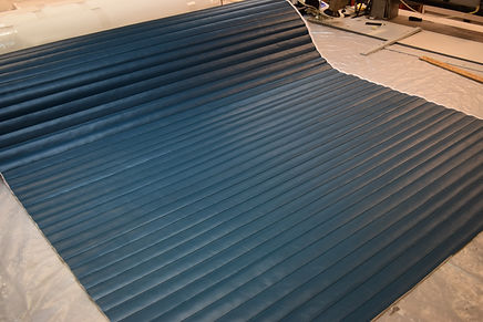 Sequest 1 1/2 inch nu teal pleated vinyl