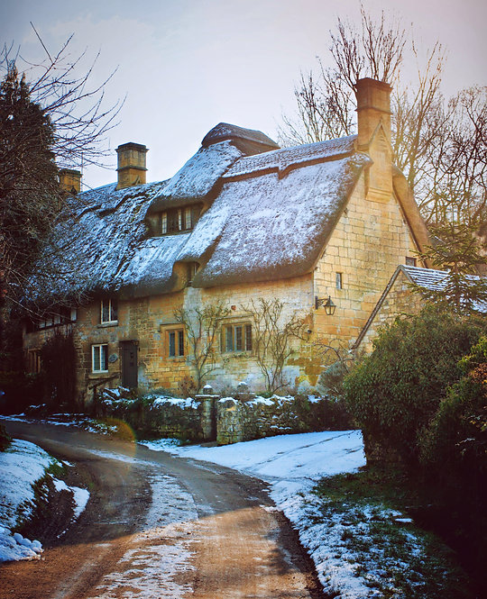 Winter in Cotswolds ~Wooden Jigsaw Puzzle , A3 size , 285 pieces