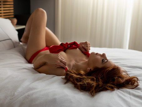Five Reasons You should consider a Boudoir Photo session| Seattle Boudoir Photography