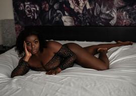 stunning-boudoir-photography-seattle-bel