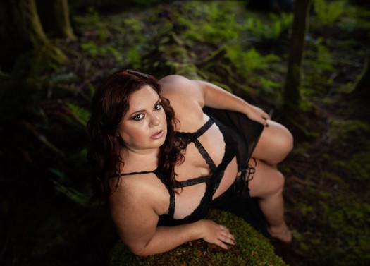forest-glam-boudoir-seattle-everett.jpg