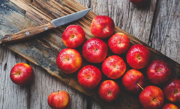 health-benefits-of-apples-1296x728-feature.jpg