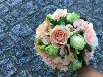 Brautstrauss rosa weiss