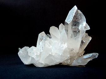 rock-crystal-1603480_640.jpg