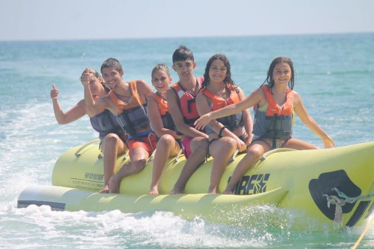 Banana-Boat-Algarve-Watersports-O-1.jpg