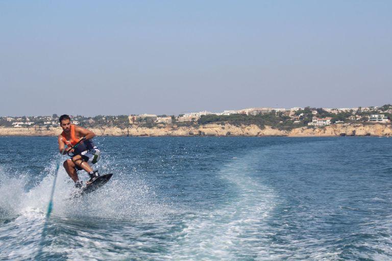 Wakeboard-Algarve-Watersports-1-1.jpg