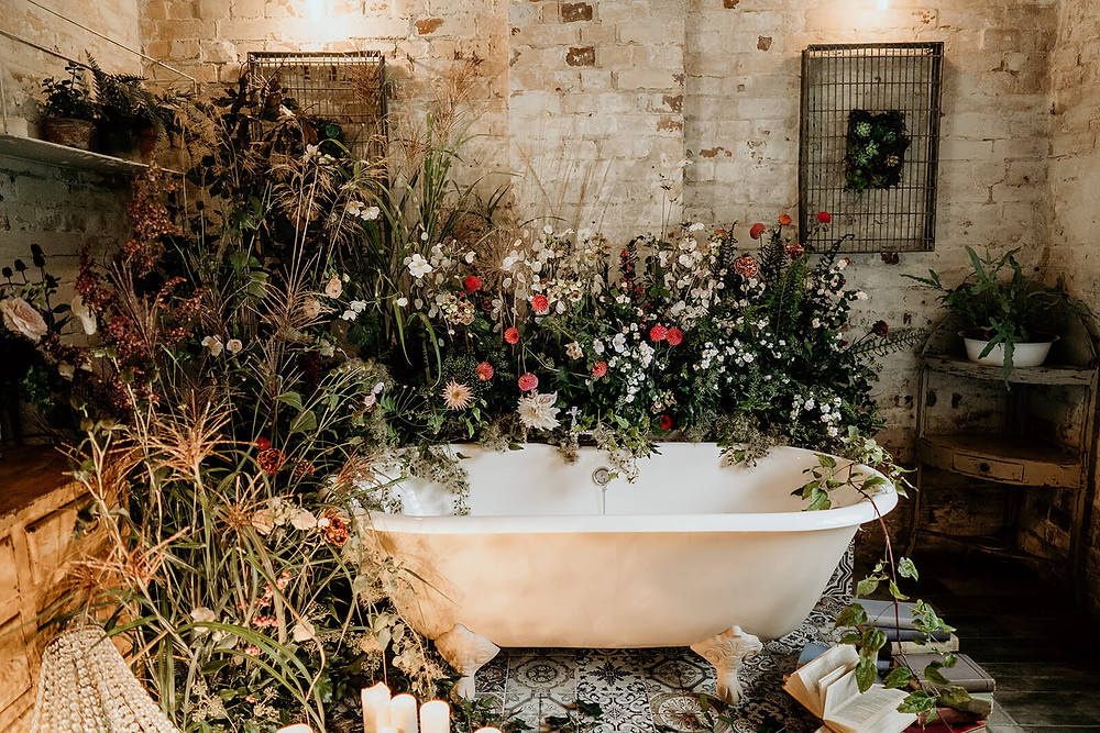 Styled bath with wild inspired flowers