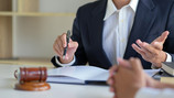 Brokers 'can quickly shift litigation risk'