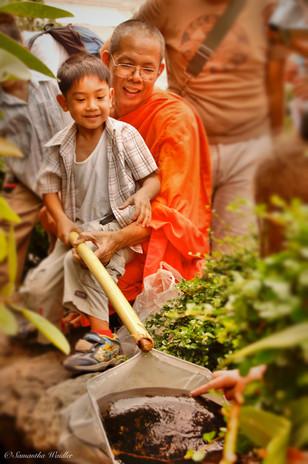 thailand - 104_Monk&Child.jpg