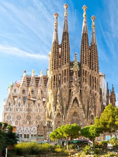 Barcelona_sagradafamilia.jpg