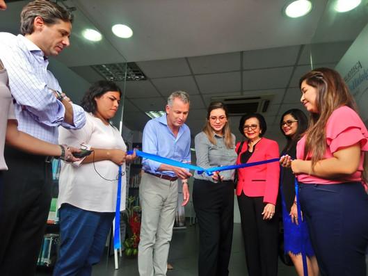 Inauguración de la Biblioteca Matilde Hidalgo de Procel