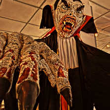 halloween dracula.JPG