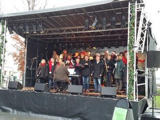 På julemarkedet i Sandvika