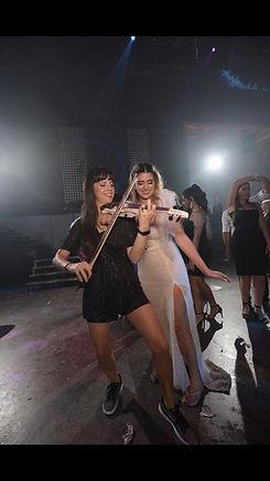 carmit playing on nathalie's wedding