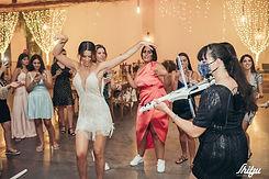 Mirit's wedding, carmit playing