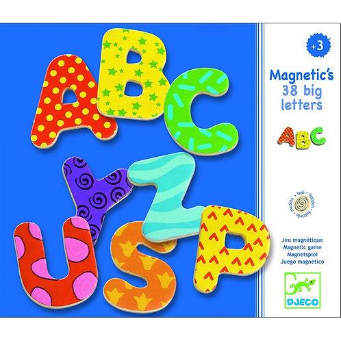 38 grandes lettres magnétiques djeco
