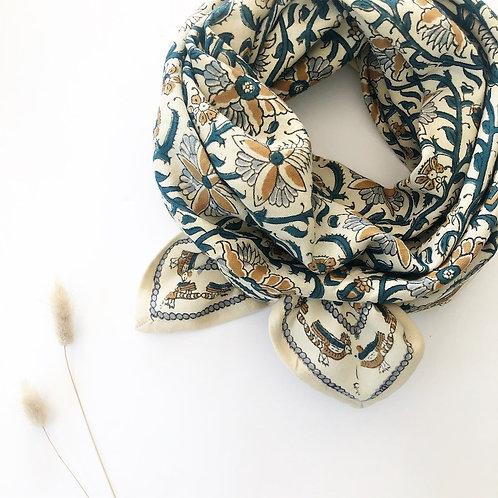 grand foulard apaches bird sable