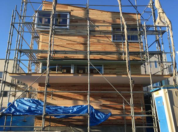 厚木の住宅 外壁 サッシ