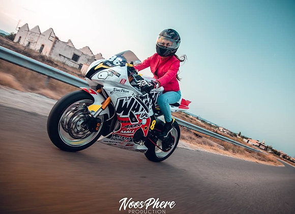 Stickers LADY WHO RIDE Casques & Motos