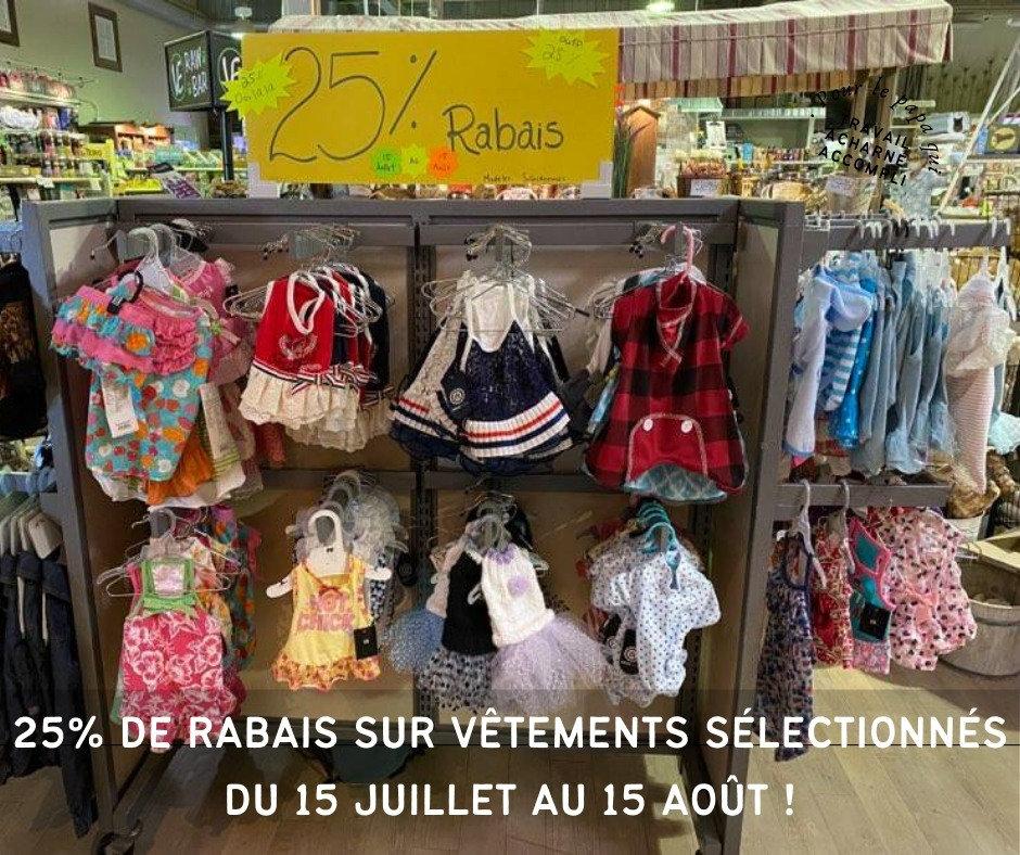 25% de rabais sur les vêtements pour petits chiens