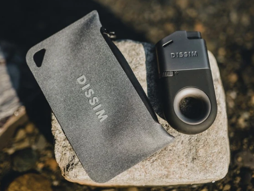 Review: Dissim Inverted Lighter and Case Bundle