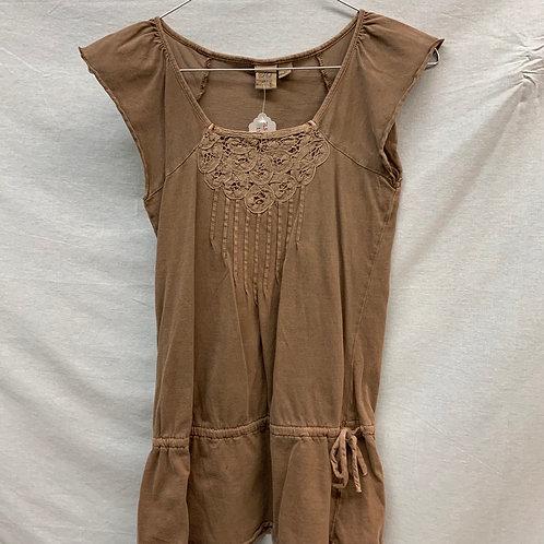Girls Short Sleeve- Size M