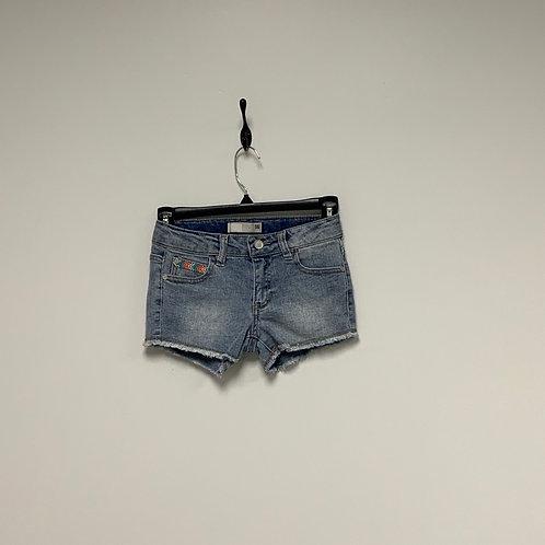 Girl's Shorts- Size M 7