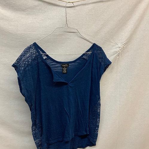 Girls Short Sleeve Shirt - M