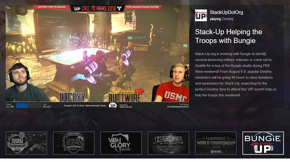 Luckyy and Buttwipe on the front page of Twitch, ending their stream in style: dancing at the Lighthouse!