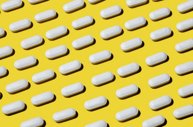 Image of pills is from AMA blog post!
