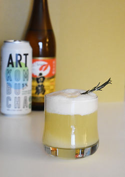 Cocktail Art kombucha alcoolisé poire sake hard kombucha