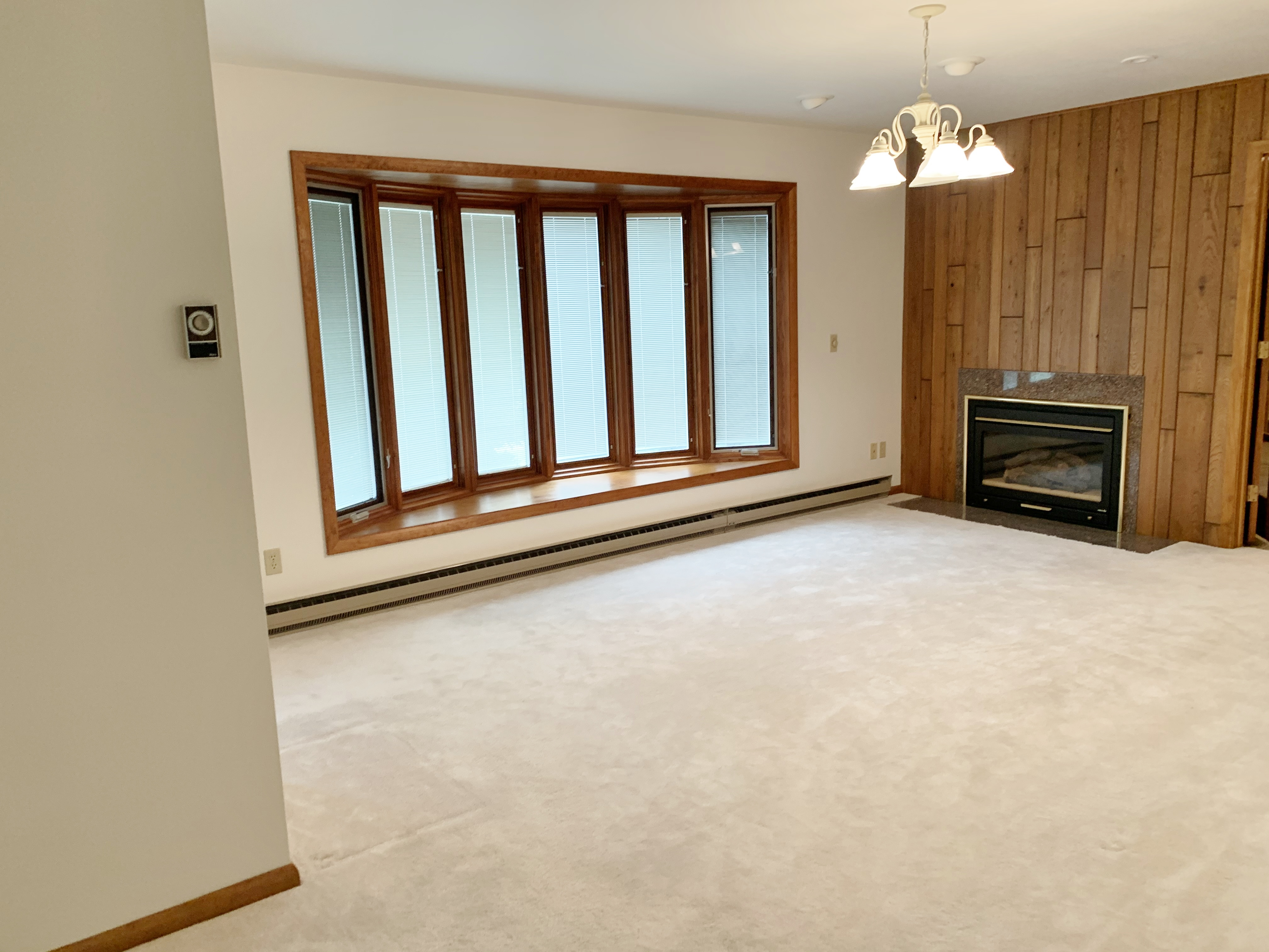2nd Living Room (3)