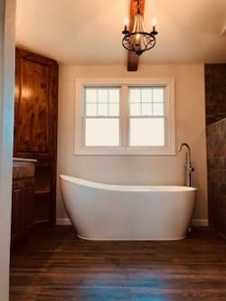 mater bath tub