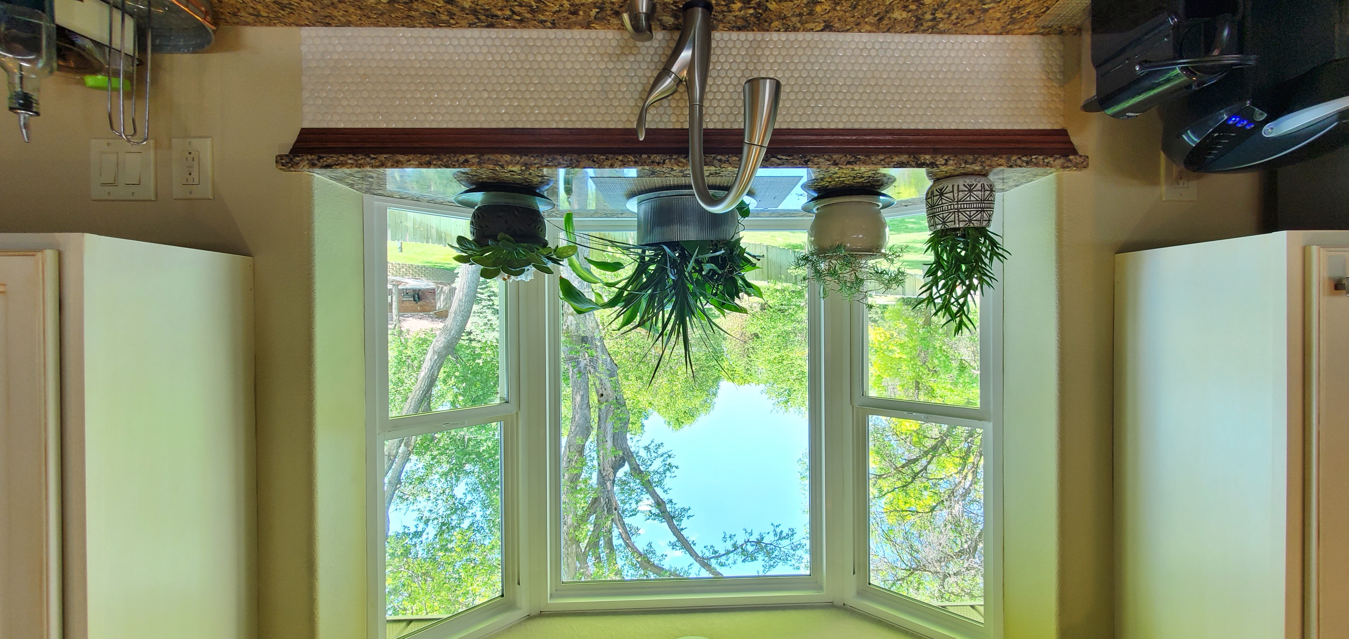 kitchen bow window