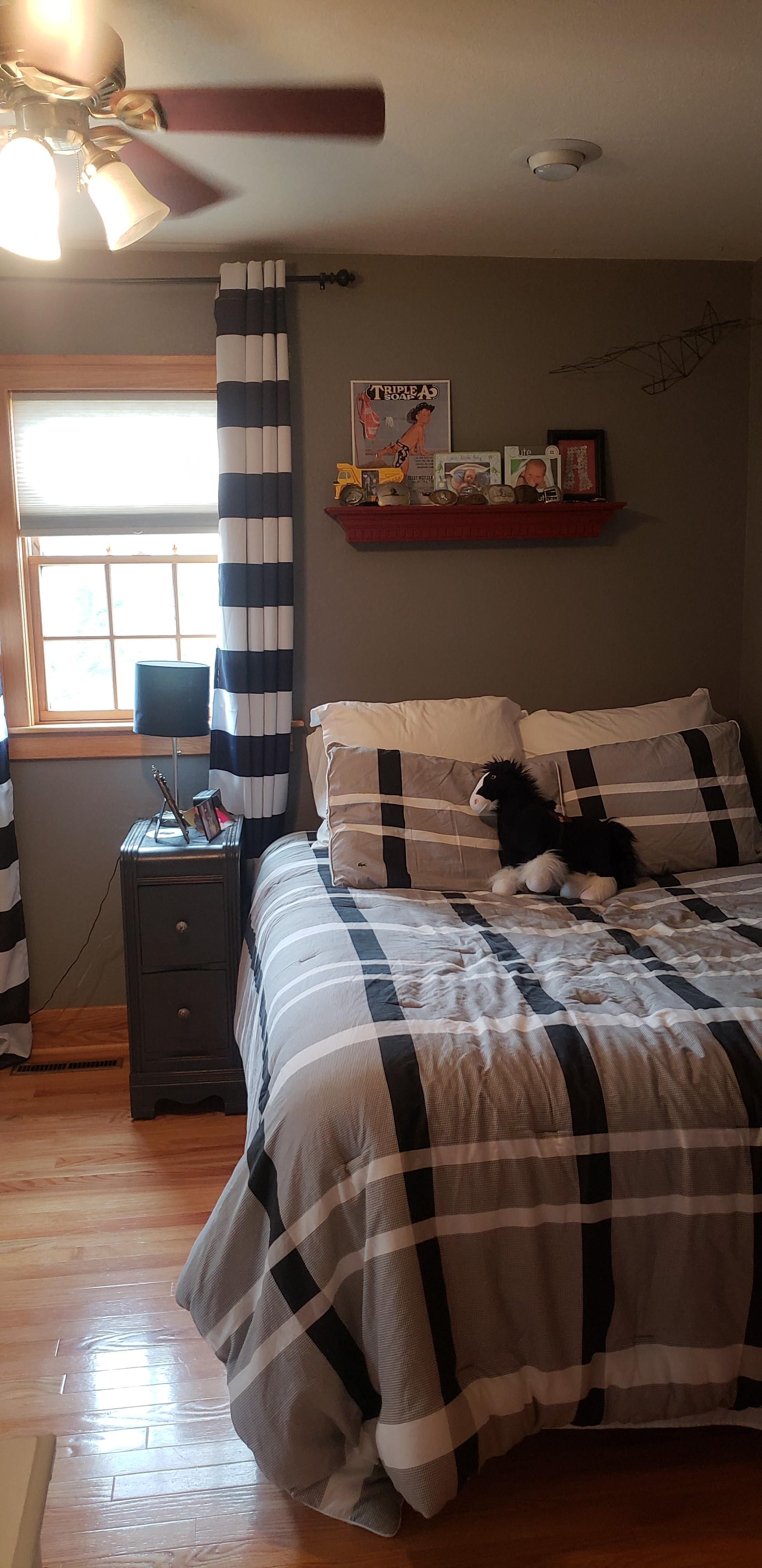 UPPER BEDROOM 2ND