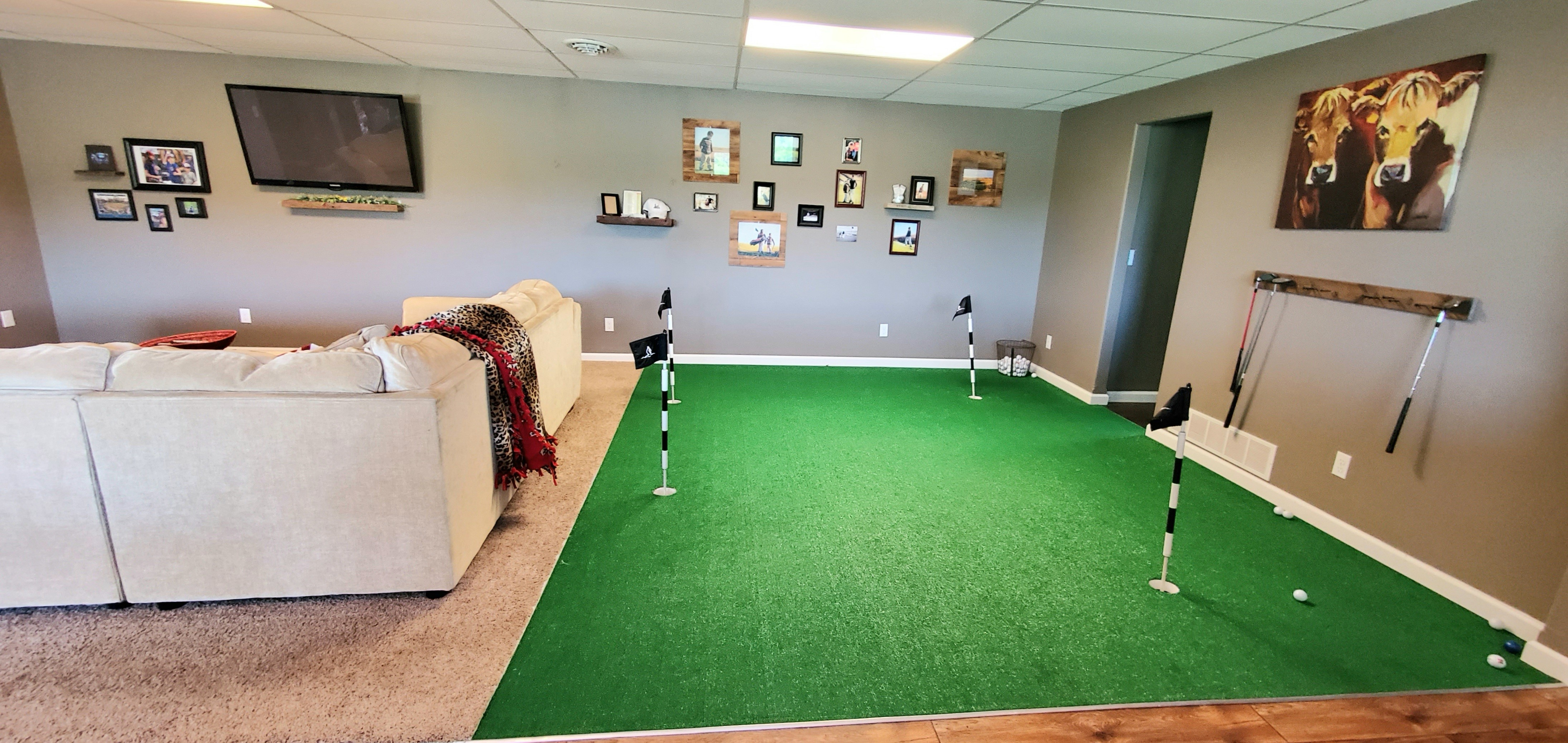 interior putting green