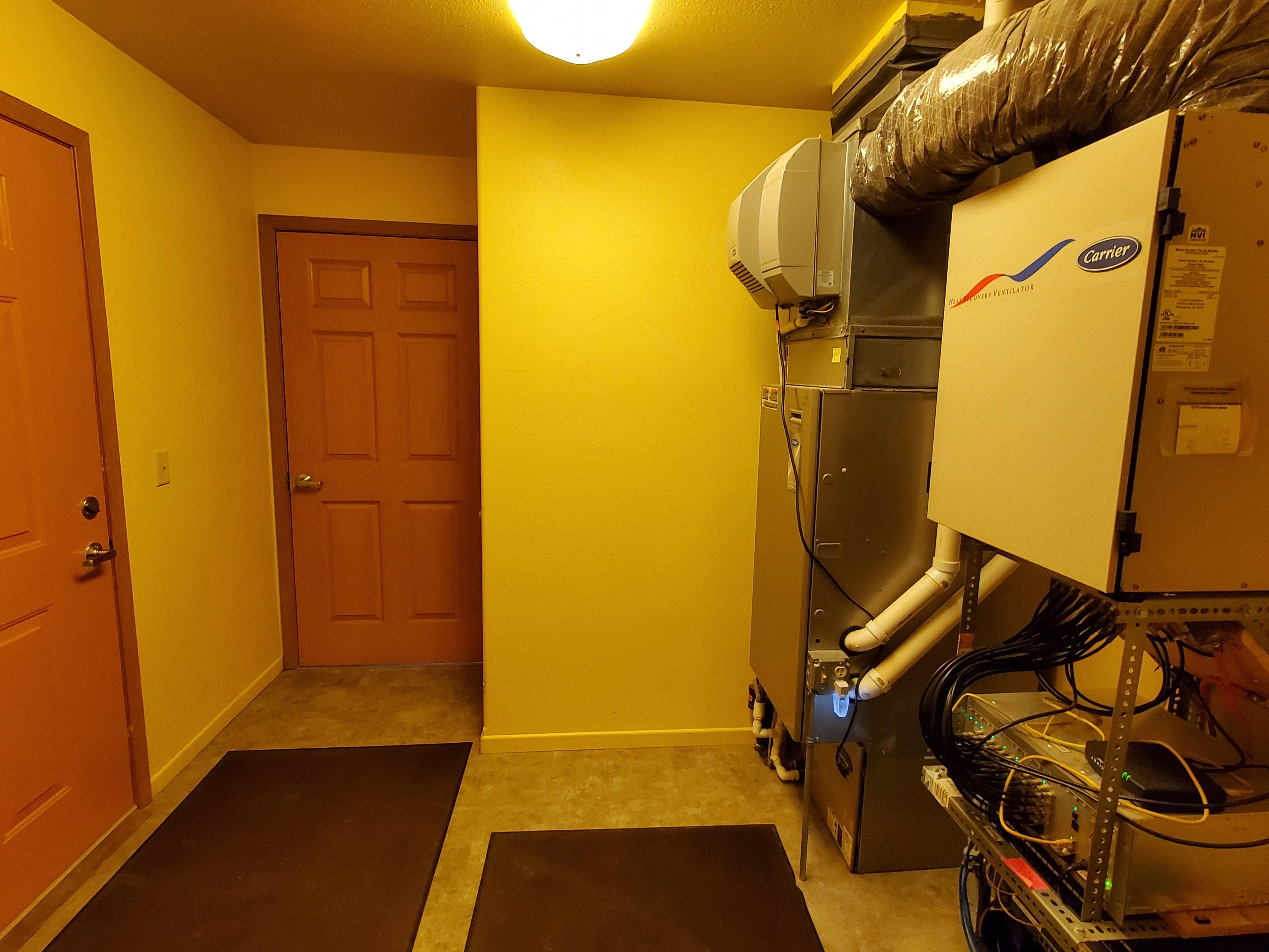 Motel Utility Room & Ice Maker