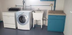 Basement Laundry (2)