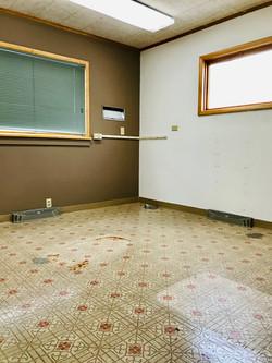 2nd Exam Room (2)