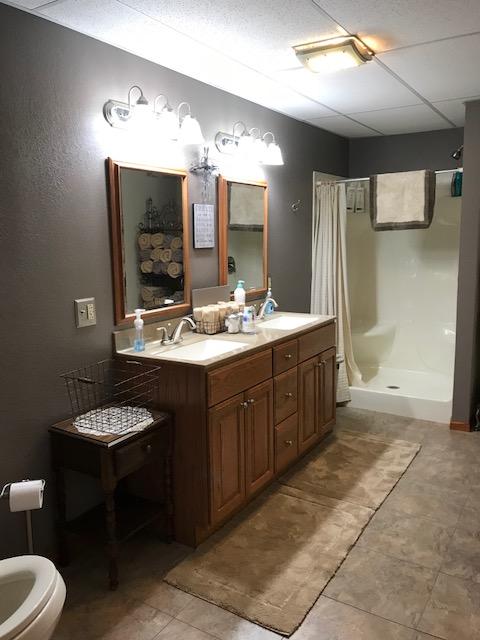 lower level bath - Copy