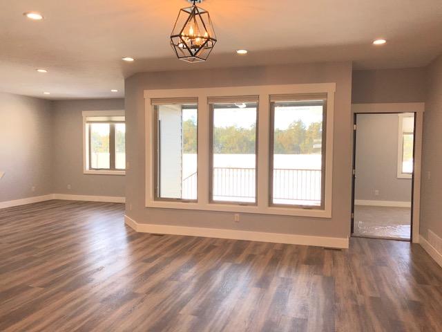 living area unit B