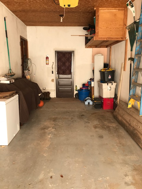 Attached Garage