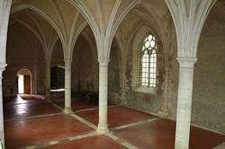 Vermenton_Abbaye_de_Reigny_Réfectoire