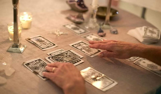 What does a Tarot Reading entail....?