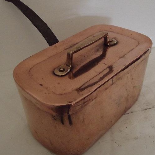 daubière cuivre étamé ancienne montée en queue d'aronde estampillée ancienne XIX